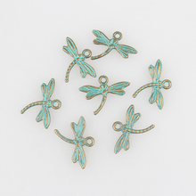New 50pcs/lot 18*15MM Retro Verdigris Patina Plated Zinc Alloy Green Dragonfly Charms For DIY Jewelry Accessories Free Shipping