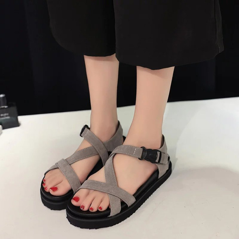 Gladiator Sandals 2017 Summer Style Comfort Flats Casual Creepers Platform PU Shoes Woman Casual Beach Black Sandals Plus US 8 lanshulan wedges gladiator sandals 2017 summer peep toe platform slippers casual glitters shoes woman slip on flats creepers