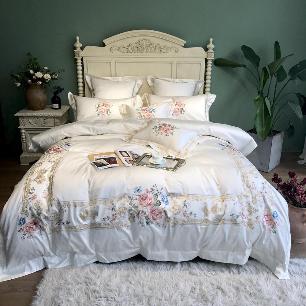 Queen & King 6pcs. Bedding Set French Heavy Embroidery Duvet Set Flat Sheet Deco Pillowcases European Court Embroidery PillowsQueen & King 6pcs. Bedding Set French Heavy Embroidery Duvet Set Flat Sheet Deco Pillowcases European Court Embroidery Pillows