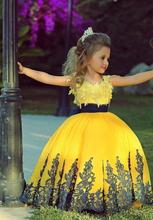 2015 Colorful Yellow Ball Gown Pageant dresses for Little Girls Appliques Black Sash Flower Girls' gowns cheap new arrival