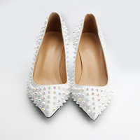 Брендовая женская обувь высокий каблук туфли с заклепками женские кожаные внутри обувь свадебные туфли на высоком каблуке Обувь на высоком