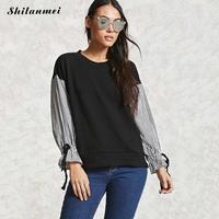 Negro estilo de muy buen gusto de las mujeres t shirts otoño o cuello remiendo de la manga encaje de rayas arriba camiseta femme señora tope causal camiseta de las mujeres camisa