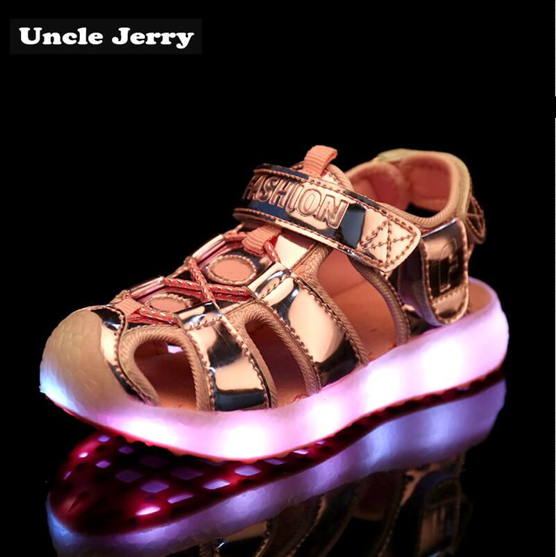 UncleJerry Children Glowing Sandals Girls,Boys USB Rechargeable Shoes Comfortable Soft Outside Sandals Kids Summer Beach Shoes UncleJerry Children Glowing Sandals Girls,Boys USB Rechargeable Shoes Comfortable Soft Outside Sandals Kids Summer Beach Shoes