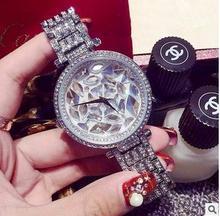 2016 mujeres relojes de marca de Lujo Personalizado Personalidad de La Moda de Diamantes Señoras reloj reloj mujer reloj