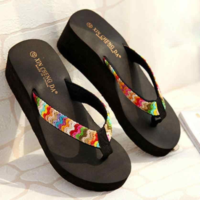 יוקרה נעלי נשים קיץ סקסי כפכפים פלטפורמת סנדלי חוף שטוח טריז תיקון כפכפים ליידי נקבה רך נעלי בית נעליים