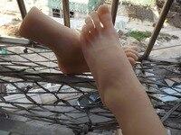 Mannelijke volwassen producten volledige silicone fake sexy vrouwelijke benen echte huid textuur voeten aanbidden Voet Fetish speelgoed Model t36 gratis verzending