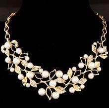 Ожерелье чокер женское с жемчугом и листьями