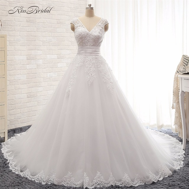 Vestido De Noiva Stunning Beautiful A Line Wedding Dresses Long Train Vintage Lace Gown