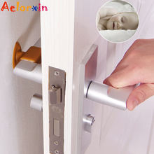 3Pcs/Lot Baby Safety Door Handle Silicone Anticollision Sucker Home Door Protecting Pad Mute Silencer Suction Door Stops Mats(China)
