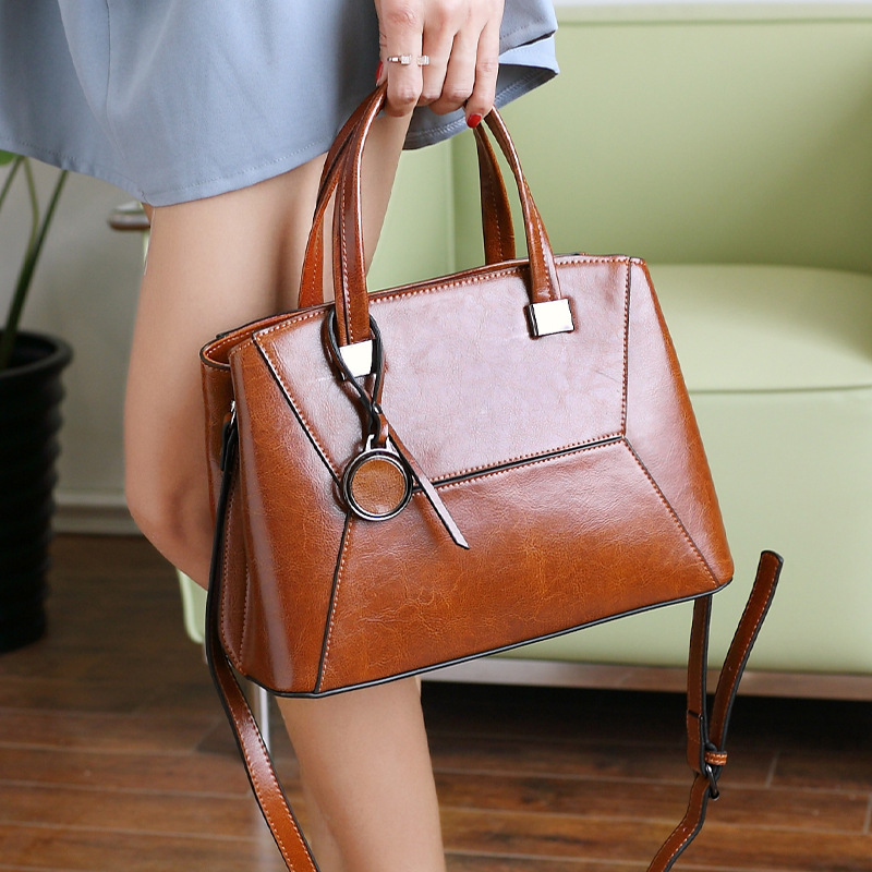 Women Bags Genuine Leather Shoulder Bag Crossbody Famous Brand Tote Handbag Ladies Fashion Travel Shopping Bags For Women 2019 in Top Handle Bags from Luggage Bags