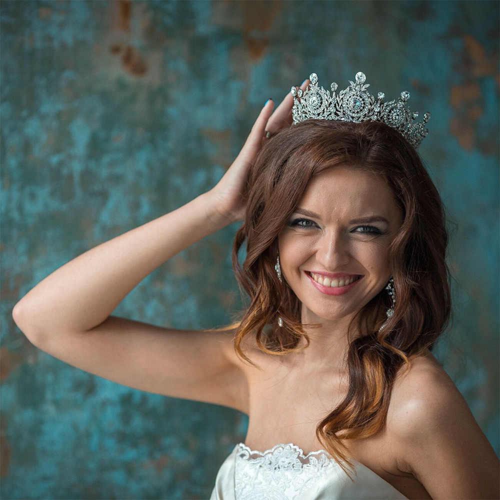 добавьте фото с короной на голове воздушные юбки
