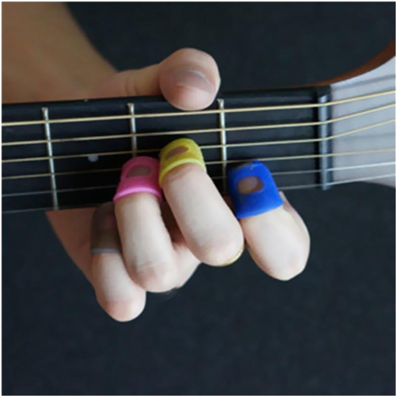 15x Finger Daumenklemmen Plektren mit Tragebox für Gitarren Mandoline Blau