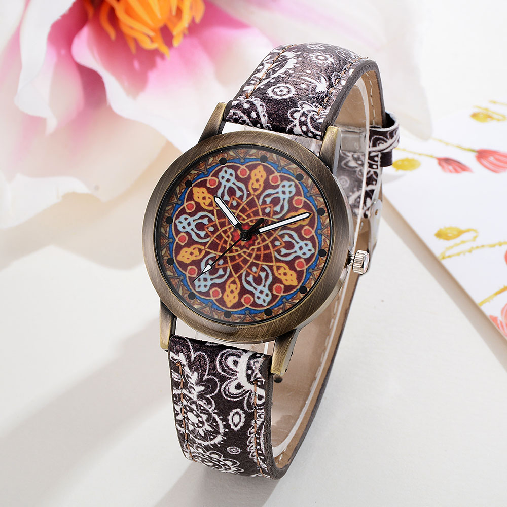 Retro Leather Strap Watch Quartz Watches Women Casual Flower