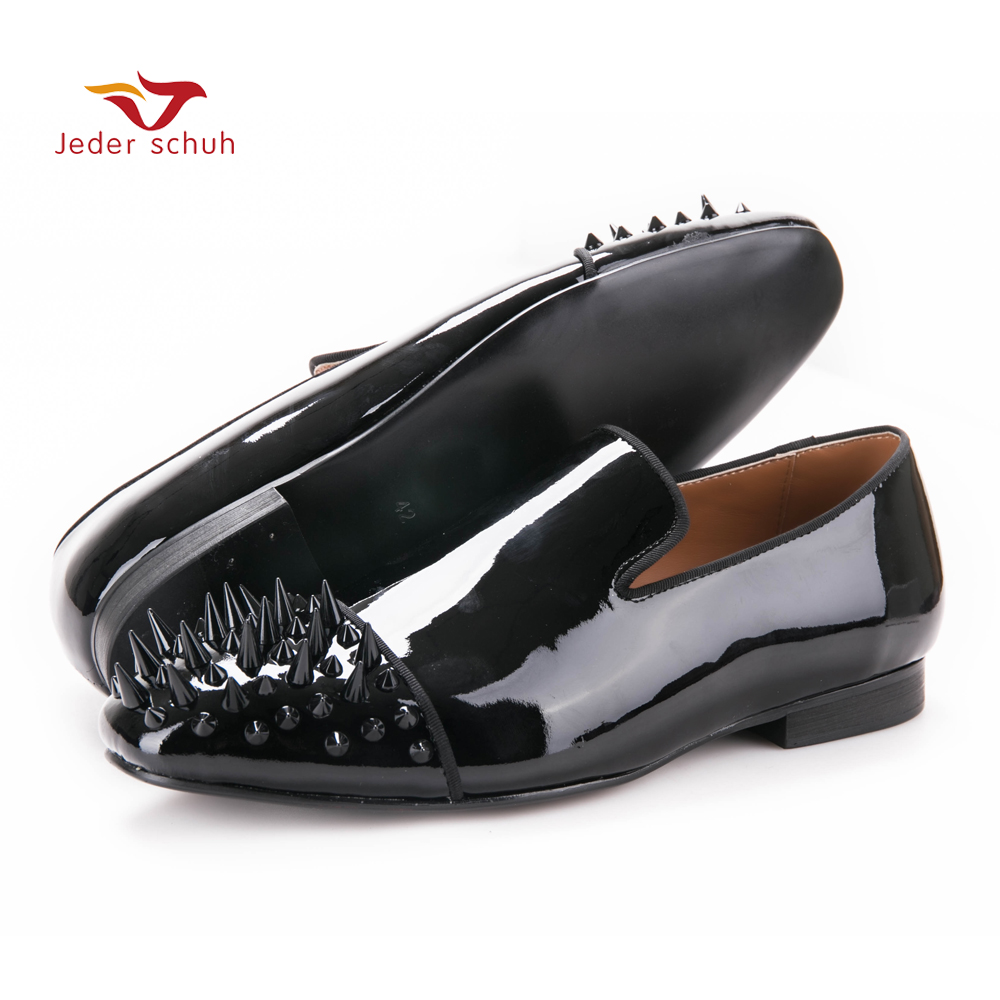 new arrival men black velvet shoes with black Patent leather toe rivets Prom and Party men dress shoes male's loafers new arrival dreambox cow suede shoes gold and black rivets fashionable parties and banquets men s shoes european style smok