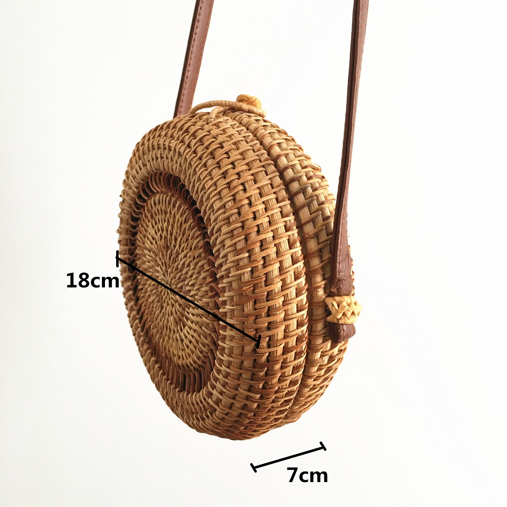 Handmade rattan women 39 s shoulder bag Bohemian openwork straw beach bag ins rattan bag with the paragraph Bali 2019 new listing in Shoulder Bags from Luggage amp Bags