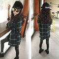 Англия стиль сетки дети куртки для девочек плед зеленый длинные маленькие девочки-подростки пальто с длинным рукавом outwears детская одежда