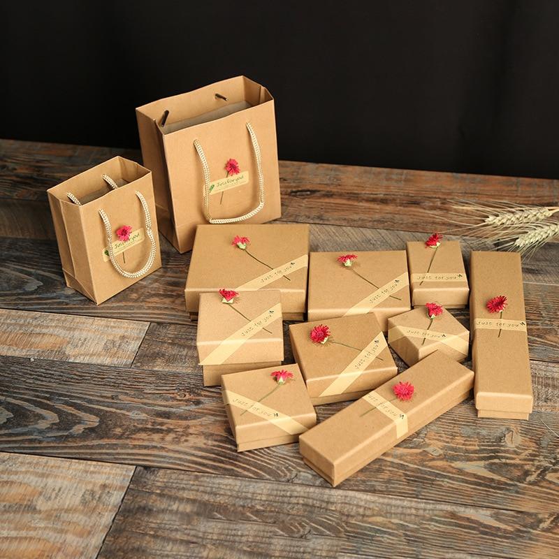 12 Pcs/Lot Wholesale Brown Box Red Sun Flower Kraft Paper Favour Gift Jewelry Box/Bag Vintage Design Bulk Rings/Earrings Box