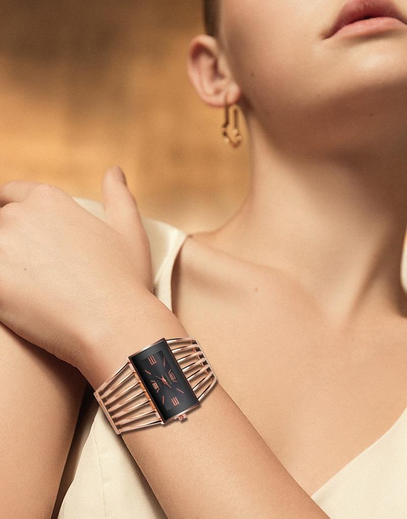 Montre bracelet or