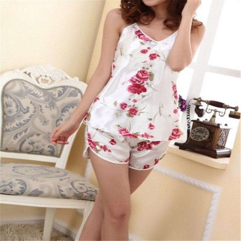 New Fashion 2017 Women Sexy Flower Sleepwear Braces Shirts+Shorts Underwear Robes Set