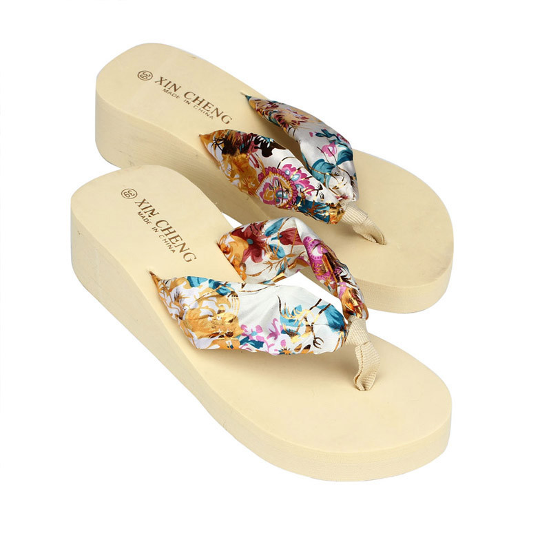 New arrival fashion Women Bohemia Floral Beach Sandal Wedge Platform Thongs Slippers Lady Flip Flops 2018 women fur slippers luxury real fox fur beach sandal shoes fluffy comfy furry flip flops