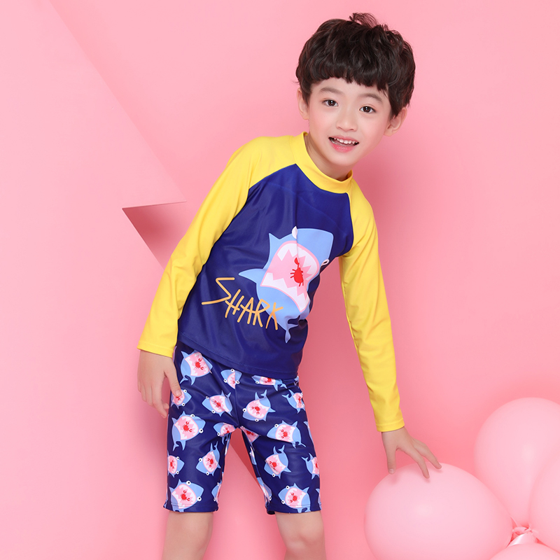 cfd904a1cf S XXL Handsome baby boys 2018 new Cartoon shark print Two piece Swimsuit  Long sleeve sunscreen Swimwear High waist Bathing Suits-in Body Suits from  Sports ...