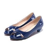 Big Kích Thước Bán 34-43 Nhỏ Wedge Peep hở ngón Đa màu sắc Mùa Hè phụ nữ dép Hoa Patent leather Mở toe Cone heels Giản Dị 9-3