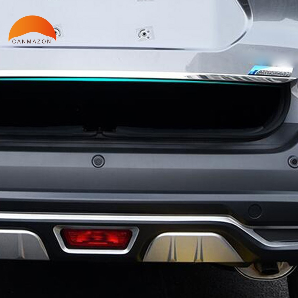 For Nissan Kicks 2017 2018 Stainless Steel Rear Trunk Lid Cover Trim Tail Gate Protector Back Edge Trunk Cover Moulding Styling car accessories fit for jeep compass 2017 2018 stainless steel rear tailgate trunk lid tail gate protector trunk cover trim 2pcs
