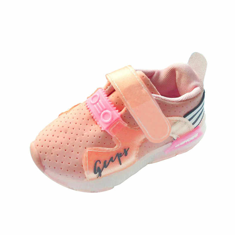 جديد أزياء 2018 حذاء طفل الخريف طفل رياضة الجري حذاء طفل الفتيان الفتيات LED مضيئة أحذية رياضية