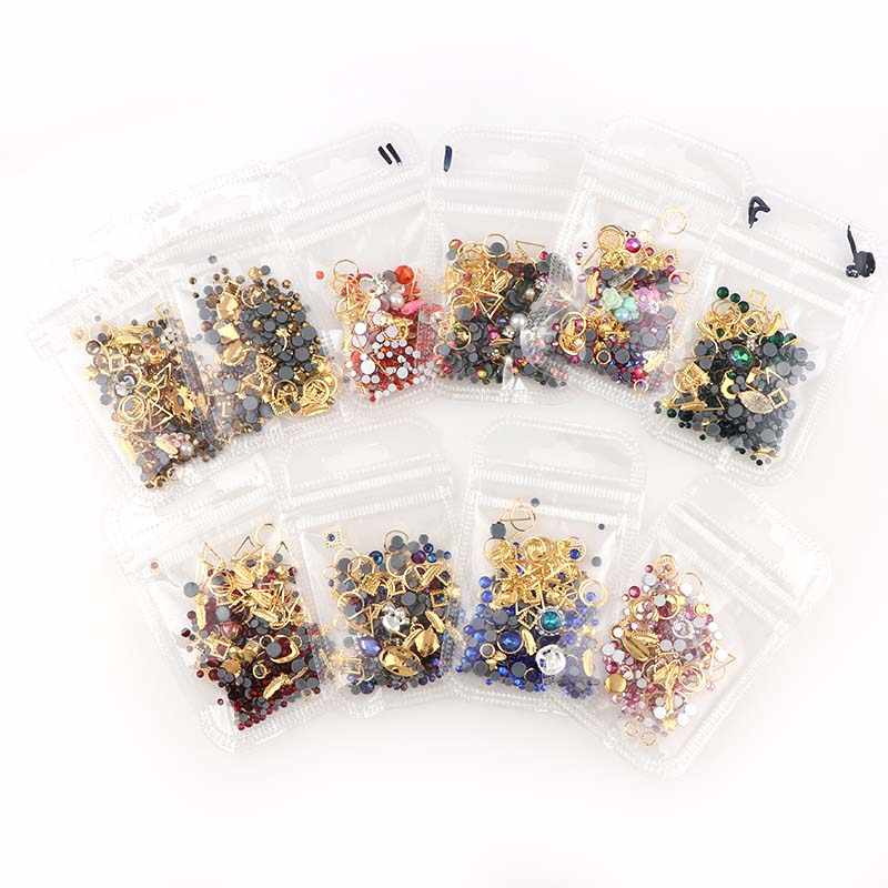 1 Bag Willekeurige Mix Design Lichtmetalen Metalen Klinknagels Metal Hollow Studs Plaksteen Rhinestone Charm Voor DIY 3D Nail Art Manicure decor