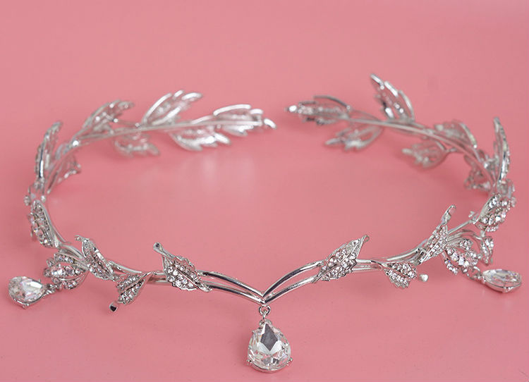 HTB1x_3ILVXXXXX5XFXXq6xXFXXXE Enchanting Nymph Rhinestone Leaf Bridal Tiara With Water Drop Charms