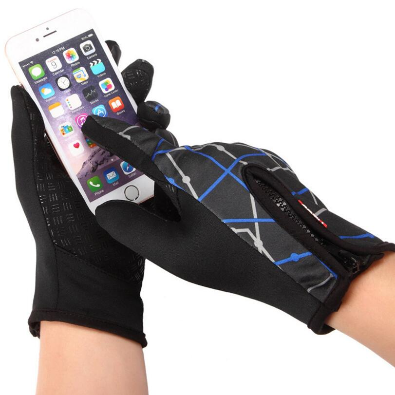 2017 New Outdoor sports touch screen Hiking gloves Warm windproof fleece riding full finger Gloves B1010SD