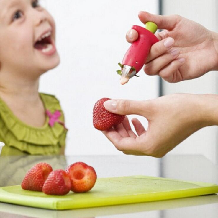 Strawberry Huller Stem Remover Remove Fruit Corer Kráječ ovoce Desser Roztomilý přenosné kuchyňské nádobí Tomato Stalks ST10