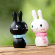 2 Pieces Black/White Rabbit 1.4*2.6CM Mini Cute Doll Couple Ornaments Small Rabbit Figurine Miniature Fairy Garden Decoration