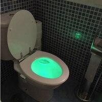 2018 8-couleurs Motion Sensor Toilettes Veilleuse Accueil Toilettes Salle De Bains Corps Humain Automatique Activé Par le Mouvement Capteur Seat Nuit Lampe