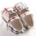 Recém-nascidos Sapatos de Bebê Toddler Sapatos de Sola Macia Primavera E No Outono Fêmea Laço Pequeno Arco Moda Sapatos WMC240