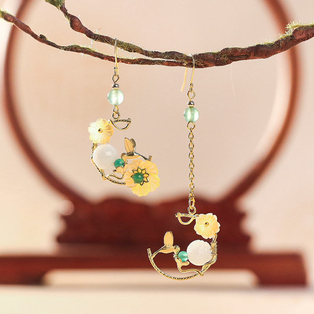 Ethnic Handmade Plant Green J ade Stone Round E merald Lotus Earring Sea Shell Petal Woman Accessories EZ-190102