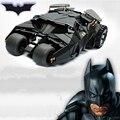 Dos En Un Impresionante Batman Batmobile Tumbler Juguete Figura de Acción DEL PVC Con la Etiqueta Engomada Como Regalo