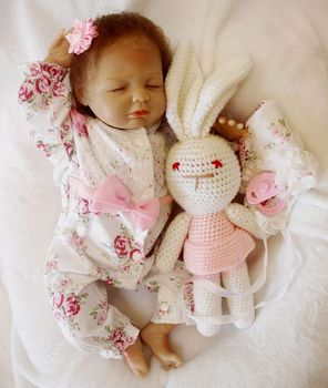 Lovely girl 45CM Dolls Reborn Silicone Baby Dolls For Sale Lifelike Dolls For Girls Handmade Doll Baby Real Kids Playmate Gifts
