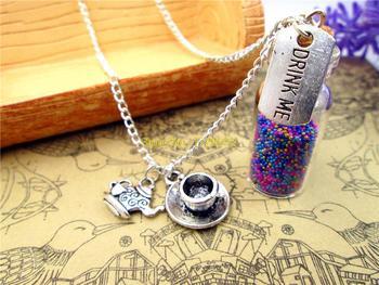 Içecek Me kolye alice in wonderland çaydanlık ve bardak çay saati kolye 2ml cam şişe (iç 9 renk)