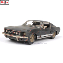 Maisto 1:24 Old Ford Mustang GT Simulation alloy super toy car model For with Steering wheel control front wheel steering toy maisto 1 24 ford mustang gt 1967 diecast model car toy cars model vintage car