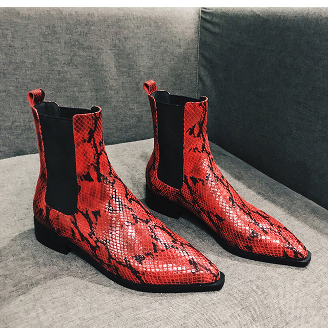 d46eb0d4ad2 MONMOIRA Red Snake Print Chelsea Boots Women Sexy Pointed Toe Ankle Boots  for Women Flat Fur Warm Winter Boots Women SWE0491