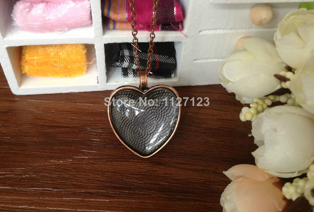 15sets antique copper Color Pendant Trays 25mm Heart bezel Cup Cabochon Mountings with matched Glass Cabs and Chain with clasp
