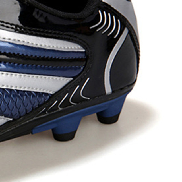 Men Football Soccer Boots Athletic Soccer Shoes 2018 New Leather Big Size High Top Soccer Cleats Training Football Sneaker