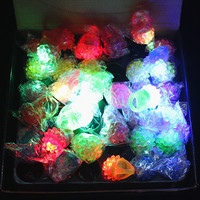 60 LED Finger Rings Dazzle Flashing Glowing Ring Soft Silicone Strawberry Colorful Lights Toys Xmas Holloween Wedding Gift Decor