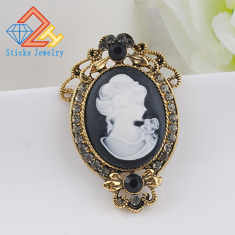 Shell Cameo Beauty Head Queen Crystal Pearl Enamel Brooch Pin Costume Jewelry
