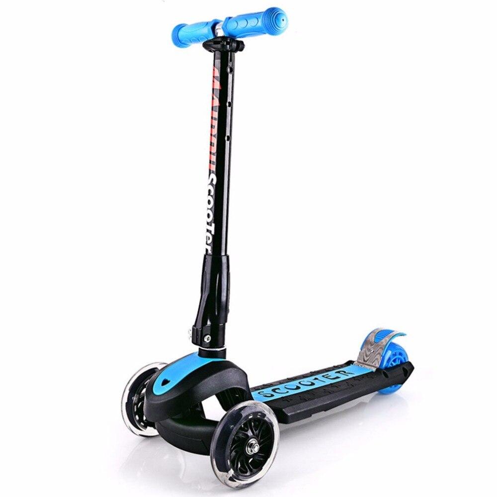 Trois roues clignotantes enfants Scooter gravité direction pliable Installation gratuite pour enfant en bas âge enfants bébé marcheur extérieur 3 pneus