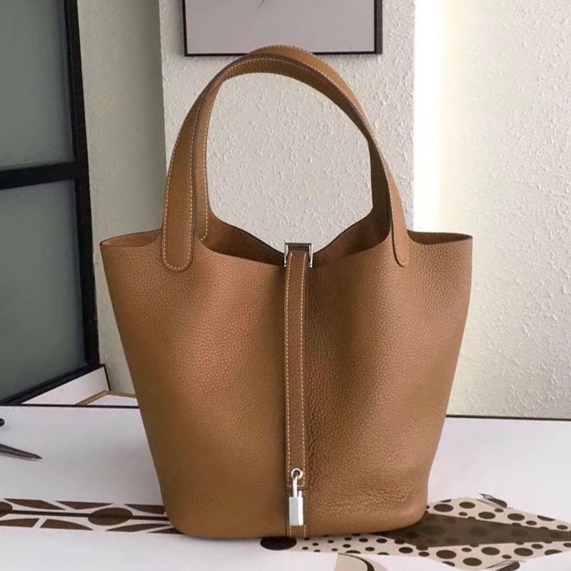 Top quality leather handbag luxury women togo genuine leather Picotin Lock bucket bags designer purse famous brand tote bag new 2017 women cow split leather top handle bags baskets pineapple organ small handbag genuine leather mini bucket tote bags