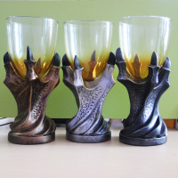 The New 3D Talon Resin Glass Goblet And Spirits Whisky Skeleton Personality Beer Cup Claws