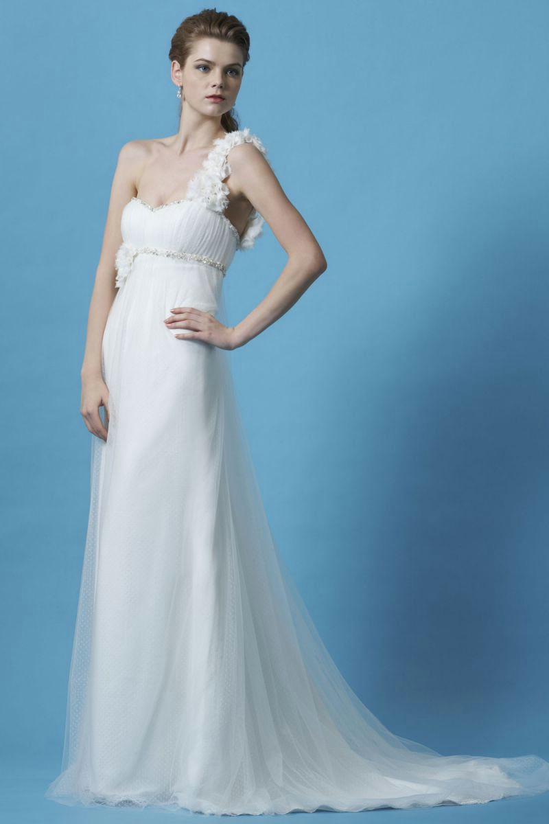 Garden of eden wedding dresses lady wedding dresses for Places to buy wedding dresses near me