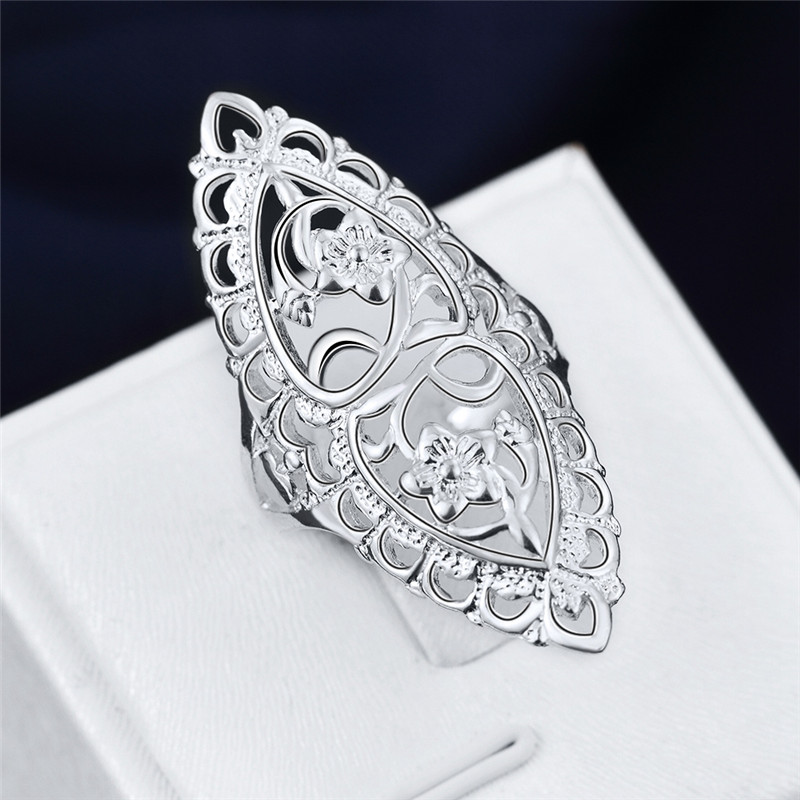 British Style Classical Carved Flower Ring Antique Ring Silver Plated Rings Jewelry Vintage Retro Big Rings For Women Elegant